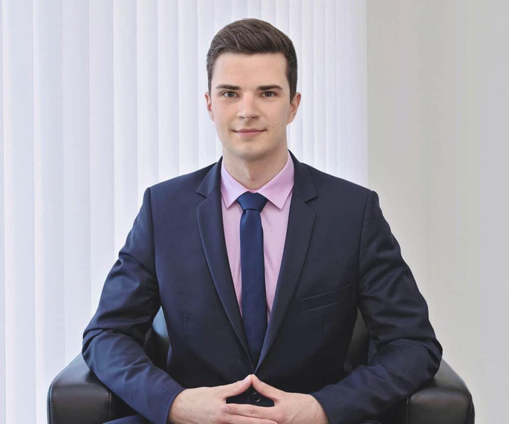 Damian Wehrli Juristischer Mitarbeiter